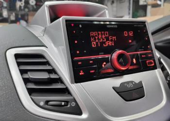 Ford Fiesta (2016) – Kenwood DPX-M3200BT